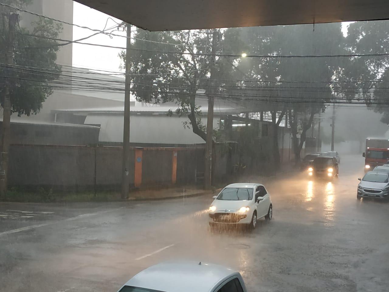 Chuva forte em ipatinga