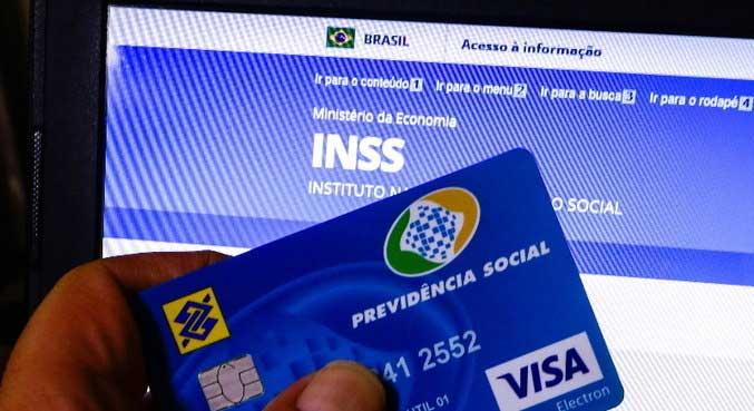 O segurado pode conferir as informações no site Meu INSS ELIANE NEVES/