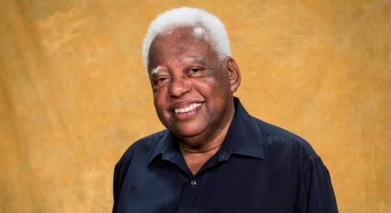 João Acaiabe ficou muito conhecido por interpretar o Tio Barnabé no Sítio do Picapau Amarelo ADOROCINEMA