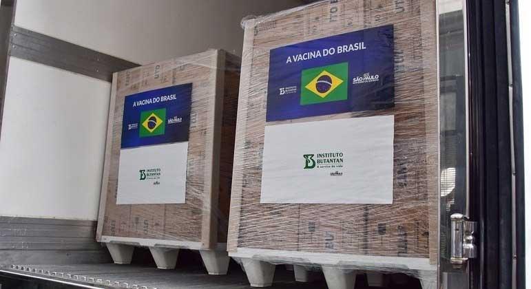 Serão 8,4 milhões de doses da CoronaVac e outras 728 mil da Fiocruz ROBERTO CASIMIRO/FOTOARENA/ESTADÃO CONTEÚDO