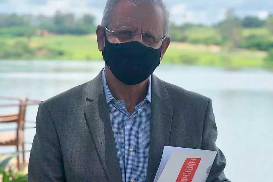 Angelo Perugini (PSD), 65, prefeito de Hortolândia (SP), faleceu na quinta (1º), em decorrência de complicações da Covid-19  Foto: Reprodução/Facebook