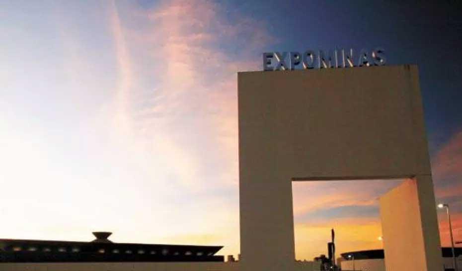 Com 5.500m², o Expominas poderá receber mais de mil pessoas se mudança for aprovada  Foto: LEO FONTES