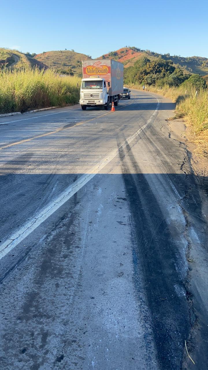 Homem morre após capotar carreta na BR-381 em Naque