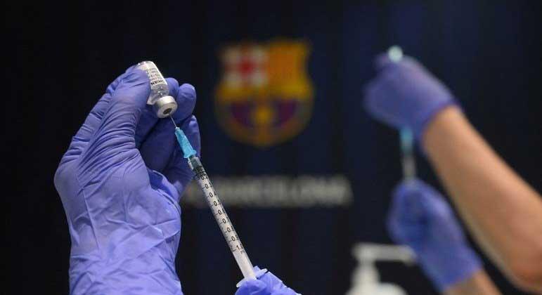 Com novo lote, 5,8 milhões de doses terão sido entregues pela Pfizer ao Brasil LLUIS GENE/AFP -27.05.2021