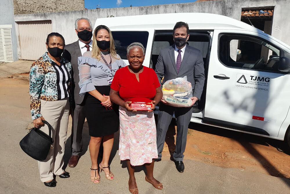 Campanha realizada por juiz de Sete Lagoas arrecada mais de três toneladas de alimentos