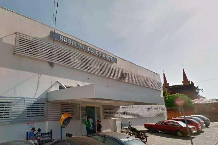Adolescente foi levada ao Hospital da Criança em Uberaba Foto Foto: Reprodução/Google StreetView