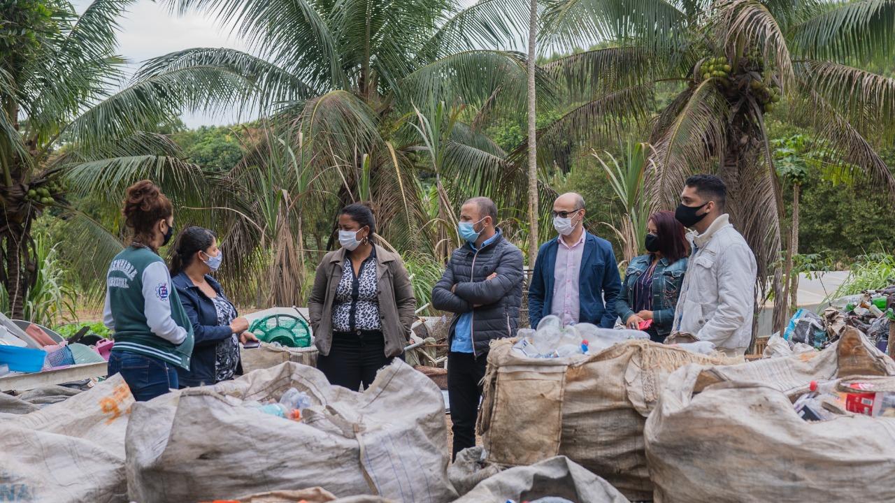 Centro de reciclagem de Santana do Paraíso-MG atrai a atenção de Matipó