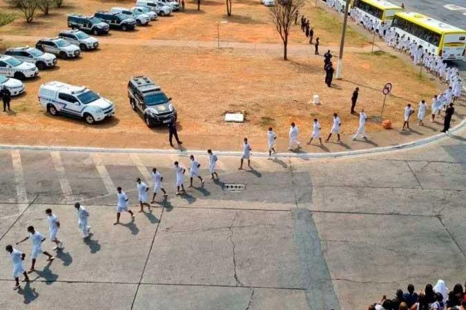 Presos foram liberados na manhã desta quinta-feira - (crédito: Seape/Divulgação