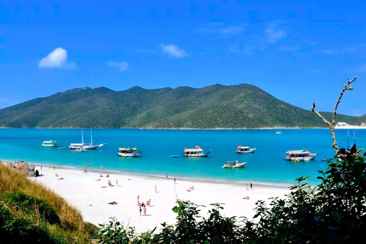 Arraial do Cabo na Região dos Lagos no Rio de Janeiro era o local onde o suspeito tentava se hospedar