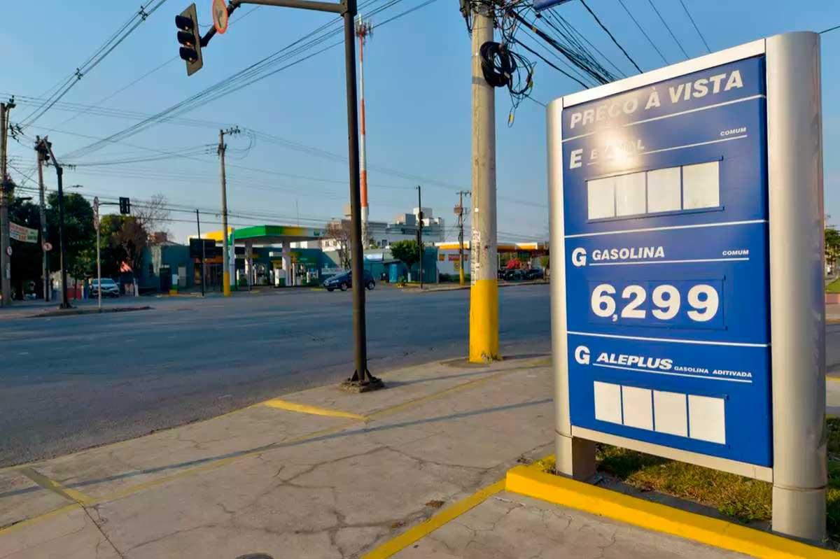 Posto da avenida Amazonas ficou sem etanol, mas cliente não teve dificuldade em encontrar combustível na concorrência Foto Foto: Fred Magno