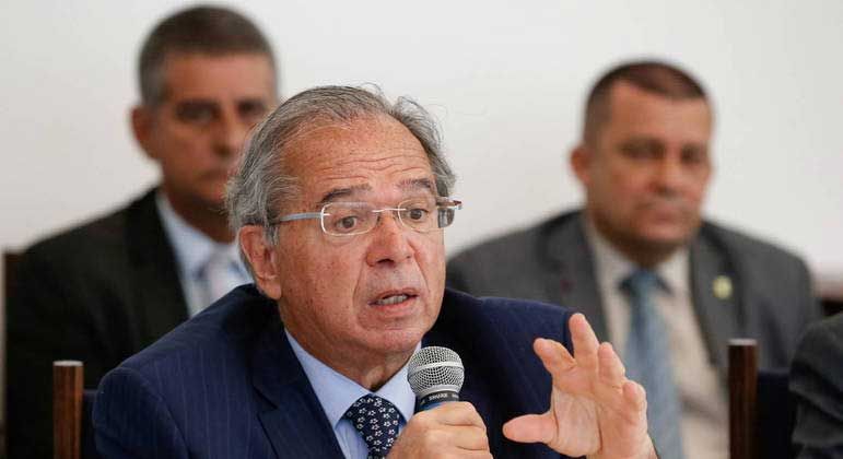 """Nos EUA, ministro da Economia minimiza inflação brasileira: """"alta é global e concentrada"""" ALAN SANTOS/PR"""