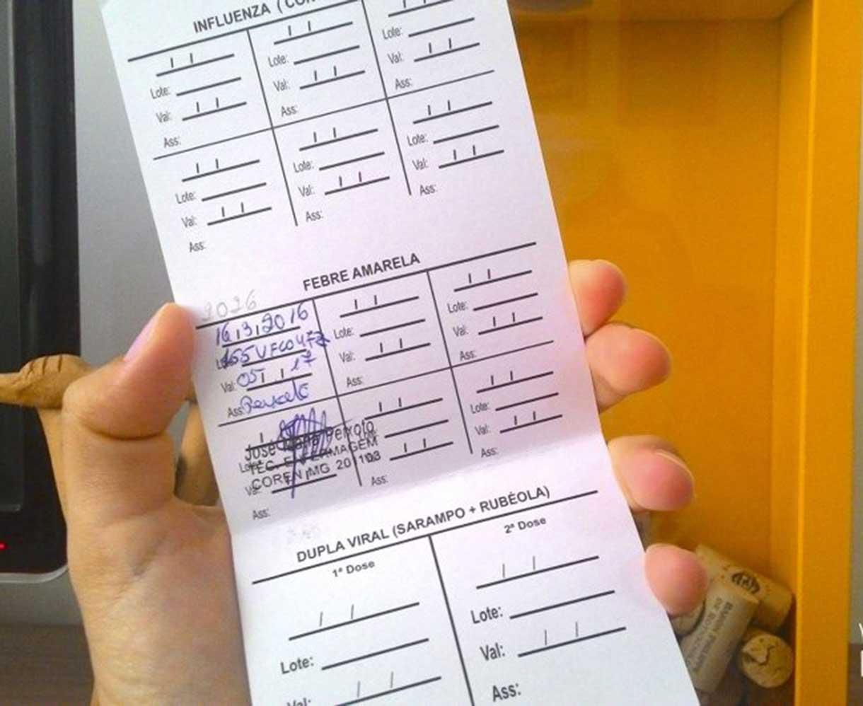 Cartão-de-vacinação-