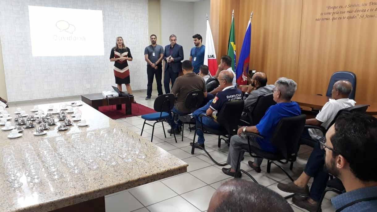 Convidados participam da apresentação da Ouvidoria