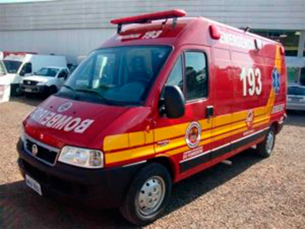 Hambulancia-Bombeiros-300x225