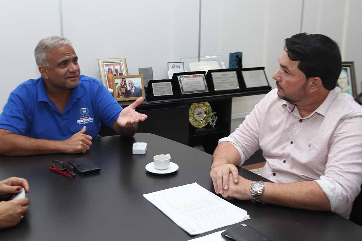 Prefeito Nardyello Rocha recebe o deputado Federal Eneas Reis (PSL) (Foto: divulgação)