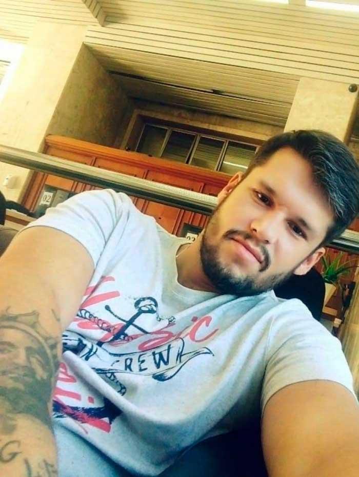 Marcos Vinícius Gouvea Gomes foi encontrado morto, quinta-feira, numa cela da 32ª DP (Taquara) - Reprodução do Facebook