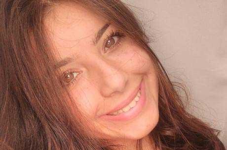 Yasmin Gabrielle morre aos 17 anos Reprodução/Facebook