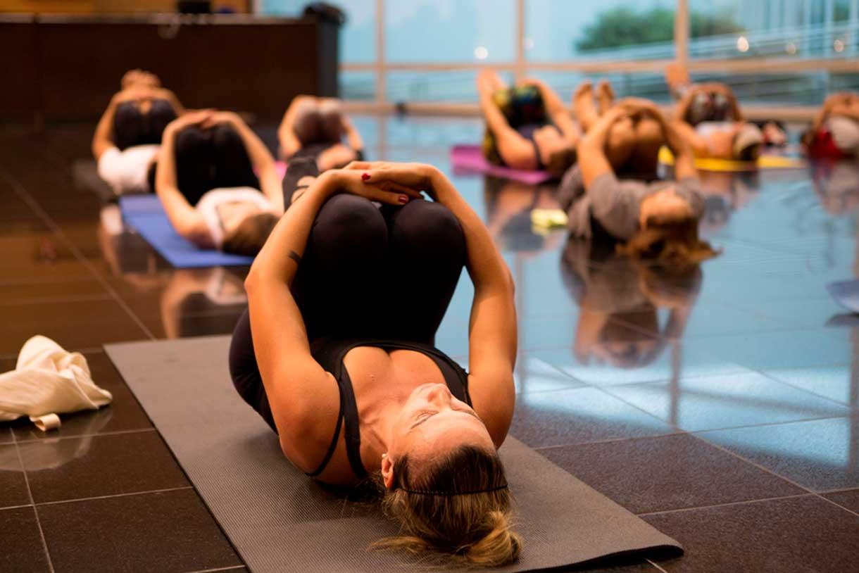Yoga Nilmar-Lage-(3)
