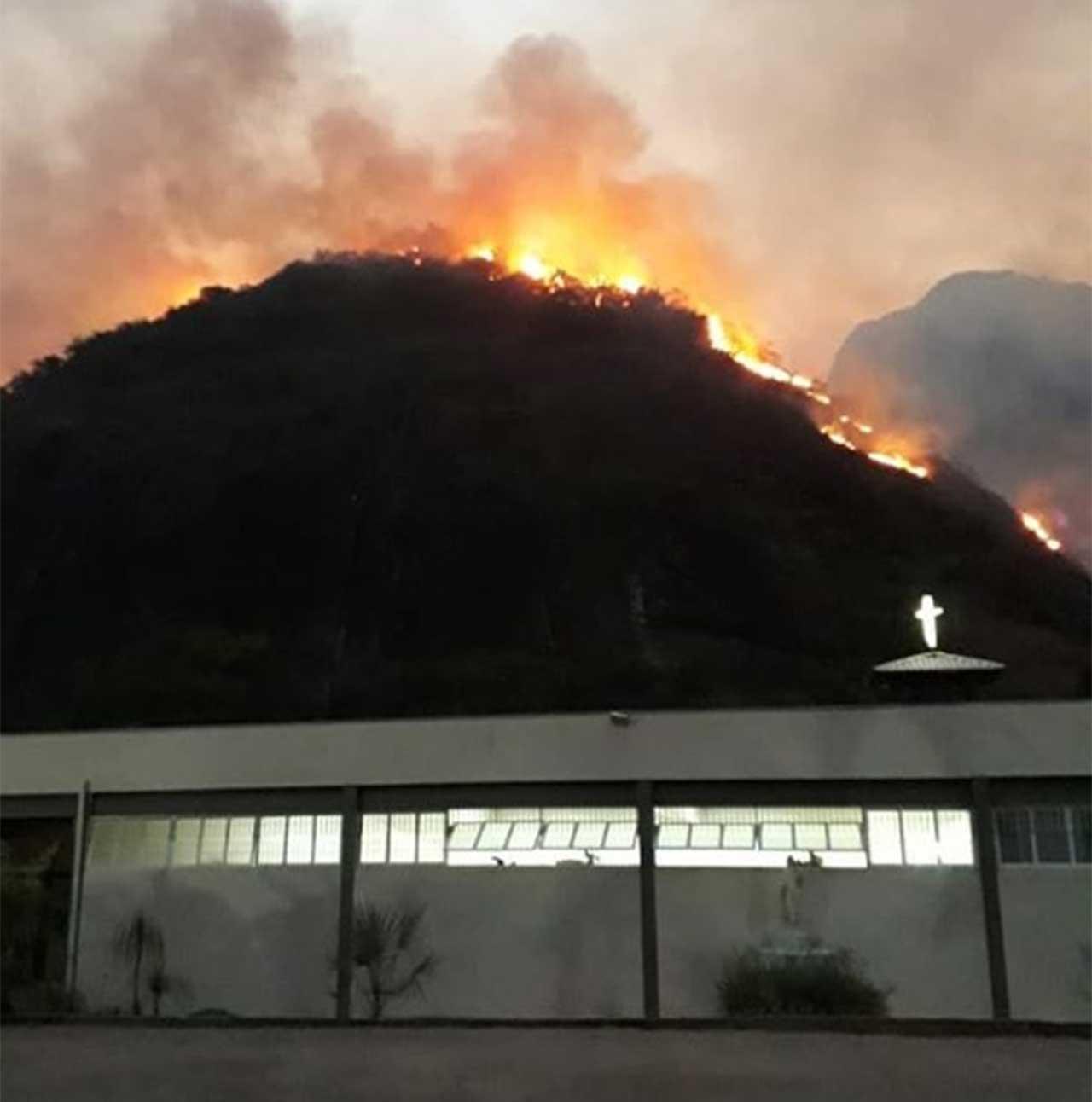 incêndio-fabriciano