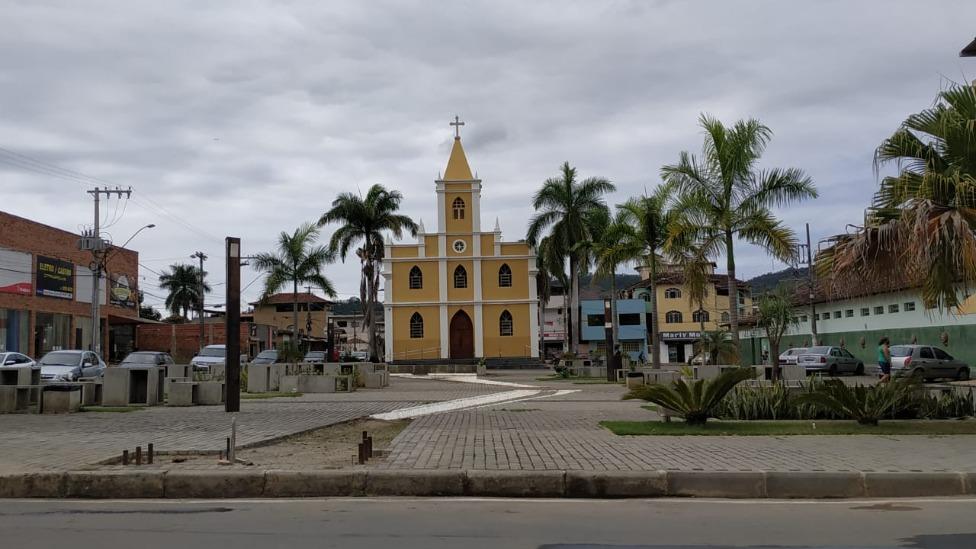 Praça da Matriz santana do paraíso
