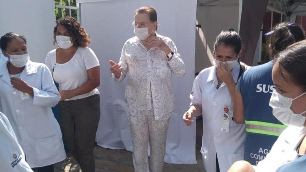 Silvio Santos Vacinado