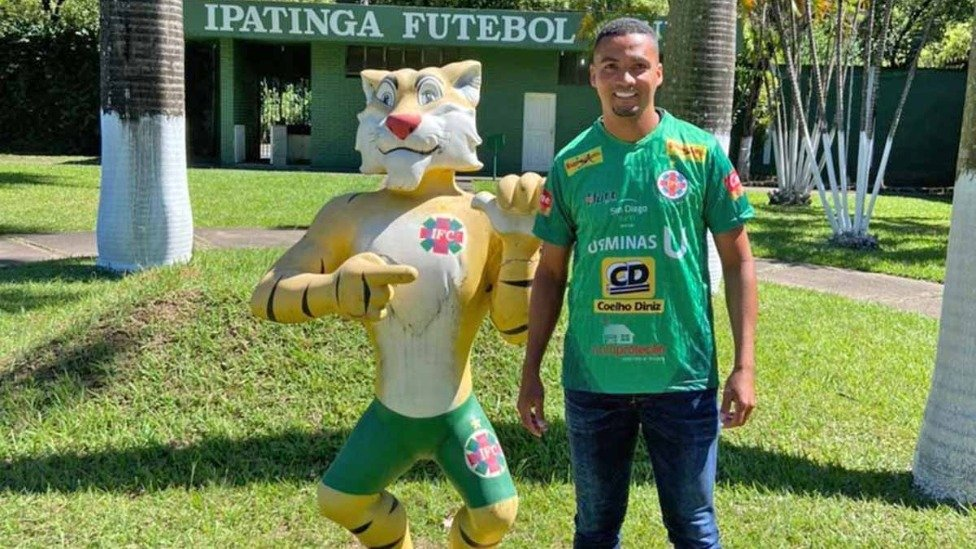 Ipatinga anuncia velho conhecido como primeiro reforço da temporada