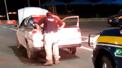 """Homem é preso após pegar carro para fazer """"teste drive"""" e furtar veículo em MG"""