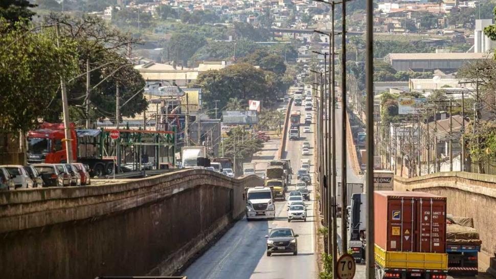 Detran de MG prorroga suspensão de exigência de CRLV até 31 de dezembro Foto Foto: Cristiane Mattos