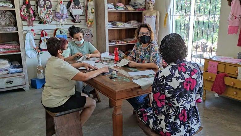 Casa do artesão lança convocatória aos artistas do Vale do Aço para mostra Arte com Amor