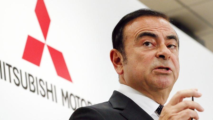 Tribunal japonês condena americanos que ajudaram Carlos Ghosn a fugir