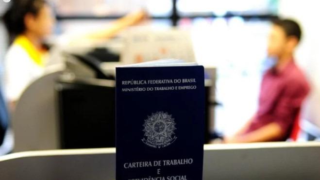 Bolsonaro recria Ministério do Trabalho e da Previdência