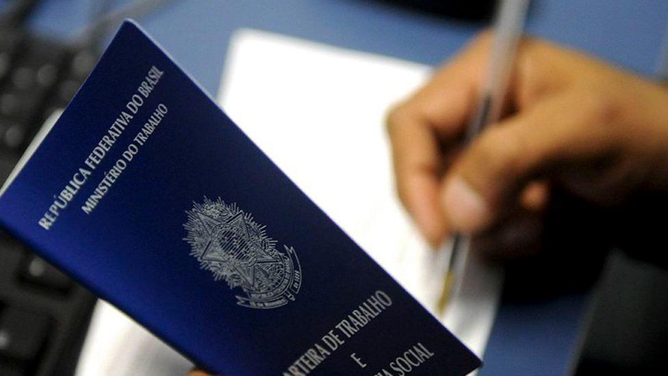 Sine Amazonas divulga 52 vagas de emprego em diversas áreas