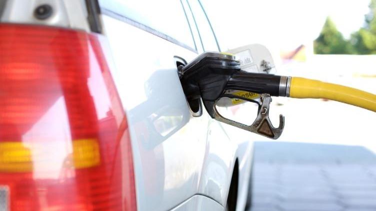 Gasolina já chega a custar R$ 6,29 em alguns postos de Belo Horizonte