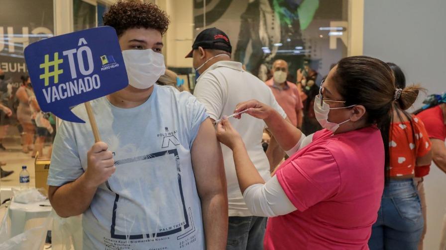 Mais de 17 mil adolescentes já foram imunizados contra a covid-19 em Porto Velho