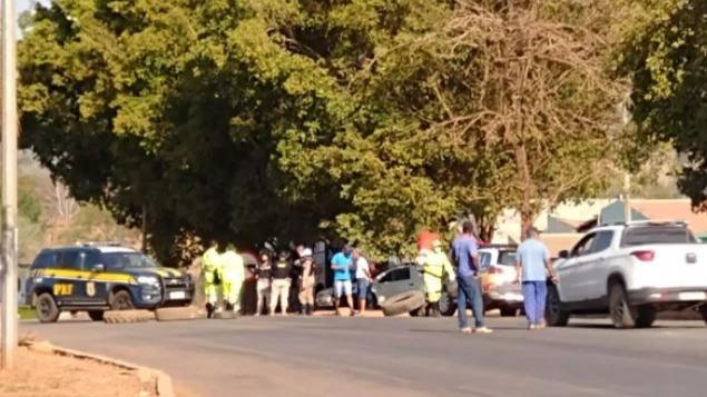 BR's 381 e 040 em Minas têm fluxo lento devido a protestos de caminhoneiros