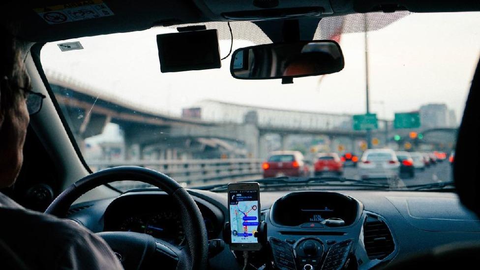 Motoristas beneficiados que pagaram IPVA 2021 terão crédito para próximo ano