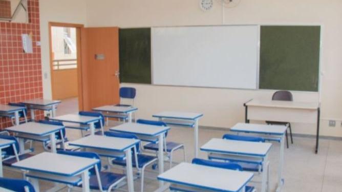 Estado divulga novo protocolo de aulas presenciais em Minas