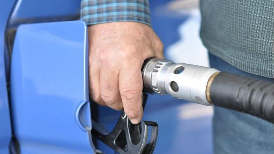 Vinte governadores, incluindo Zema, divulgam carta contrária à fala de Bolsonaro sobre preço de gasolina