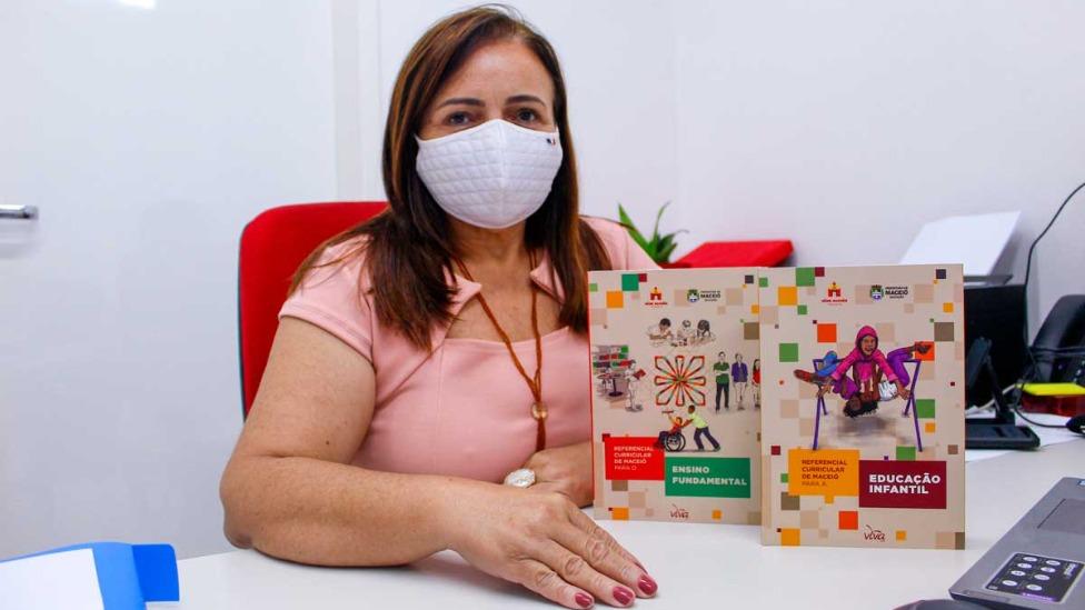 Gestores de escolas passarão por formação com Referencial Curricular de Maceió