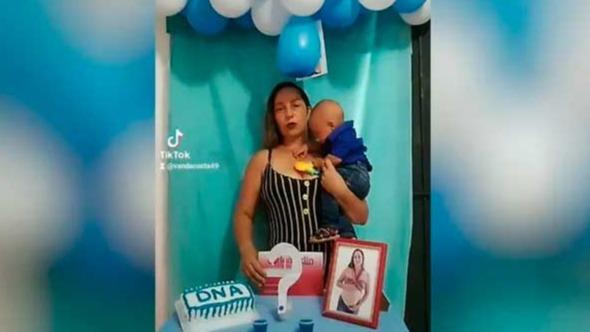Vanda Ferreira Costa, de 38 anos, fez um 'chá de revelação de DNA' após o ex-marido duvidar da paternidade do menino — Foto: Vanda Ferreira/Arquivo pessoal