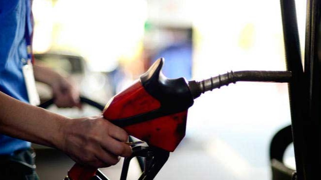 O preço da gasolina subiu mais de 40% nos últimos 12 meses MARCELLO CASAL JR/AGÊNCIA BRASIL - 16.09.2021