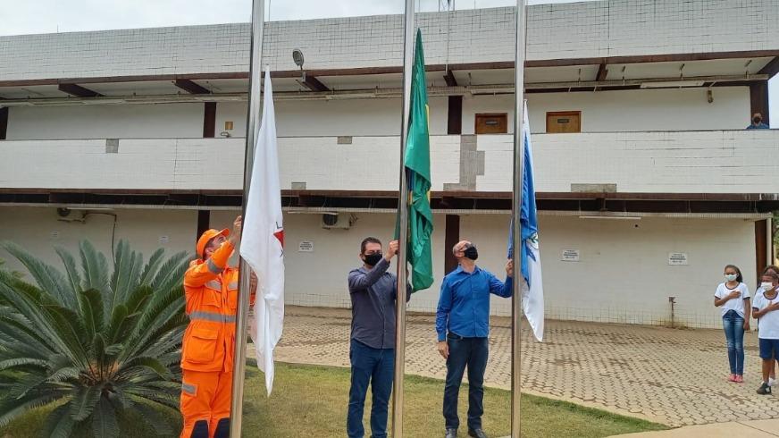 Hasteamento bandeira