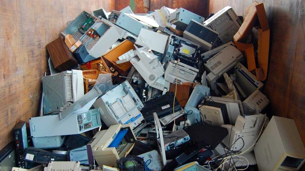 Rio recebe central de reciclagem de lixo eletrônico