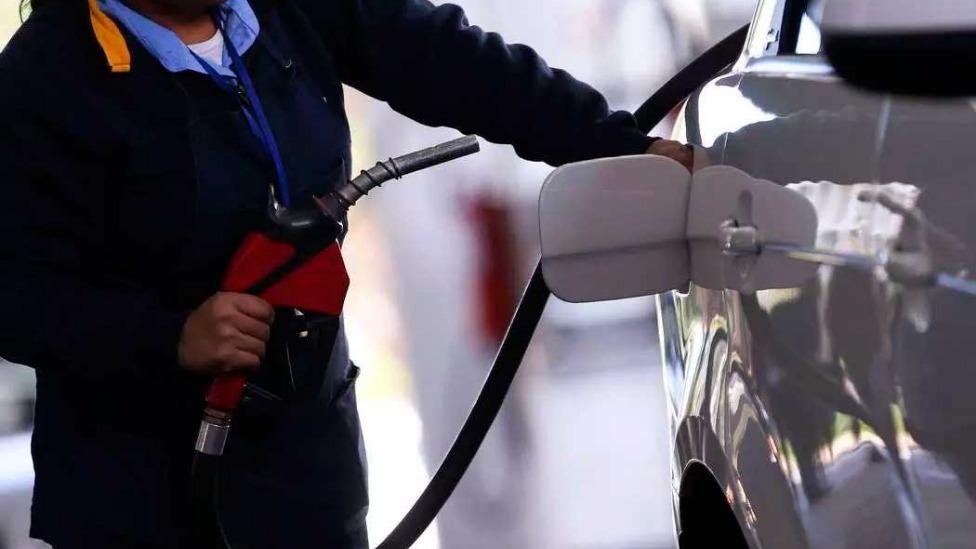 A expectativa é uma redução de 8% na gasolina, 7% no álcool e 3,7% do óleo diesel Foto Foto: Marcelo Camargo/Agência Brasil