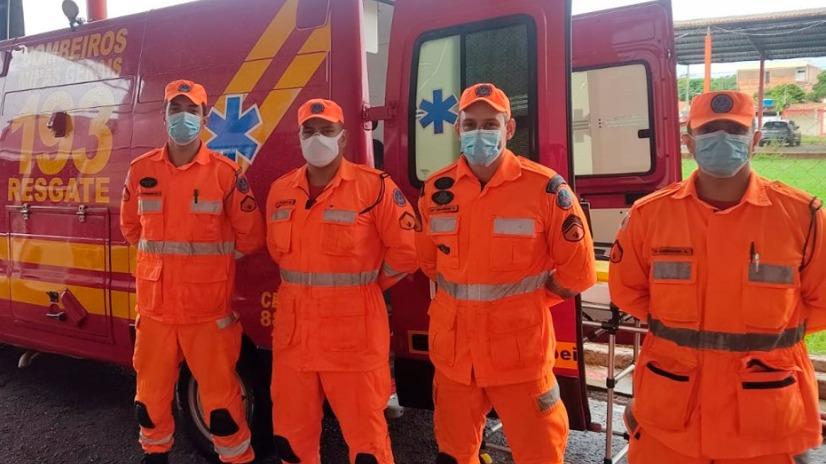 Corpo de bombeiros salvam